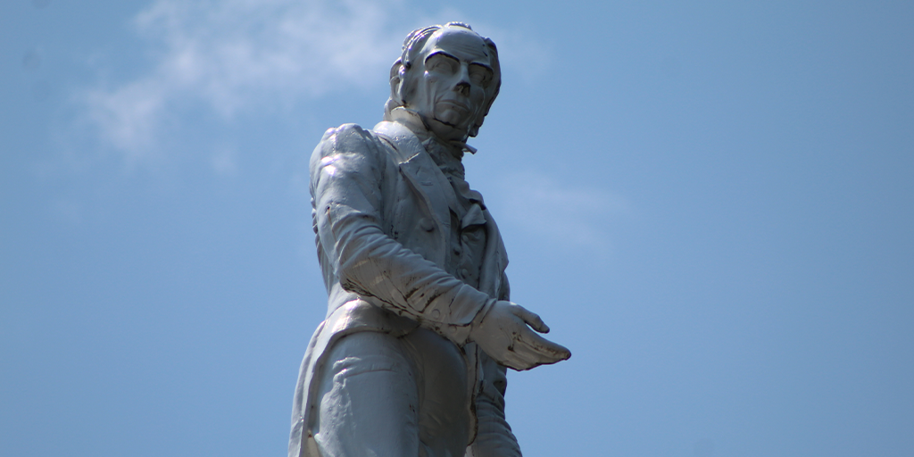 Should Henry Clay Stay or Go? Online Debate Heats Up