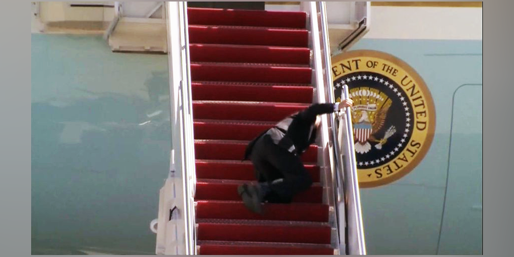 Biden Falls 3 Times Scaling Air Force One Stairs